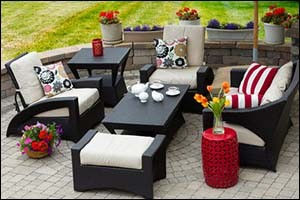 Outdoor Living Space Hardscaping Design
